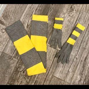GAP Women's scarf & glove set